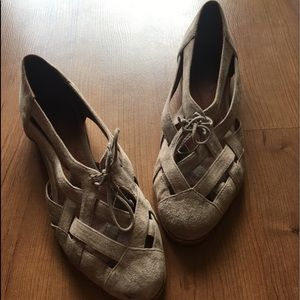 Jeffrey Campbell Suede Flats 6.5, GUC